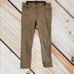 Bandolino Khaki Denim Jeans